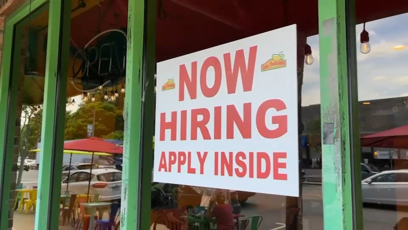Chicago area resturants desparetly look to hire as Illinois reopening plan moves forward; White House touts job growth