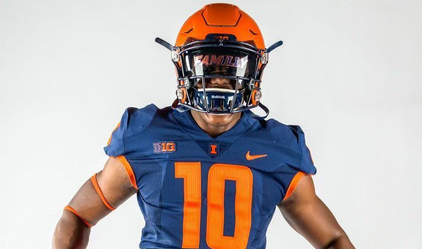 Illinois football lands commits in another state.Sports