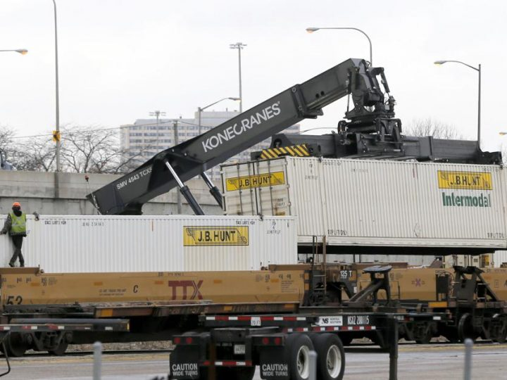 Freight merger impacts must be studied, former official says   Illinois
