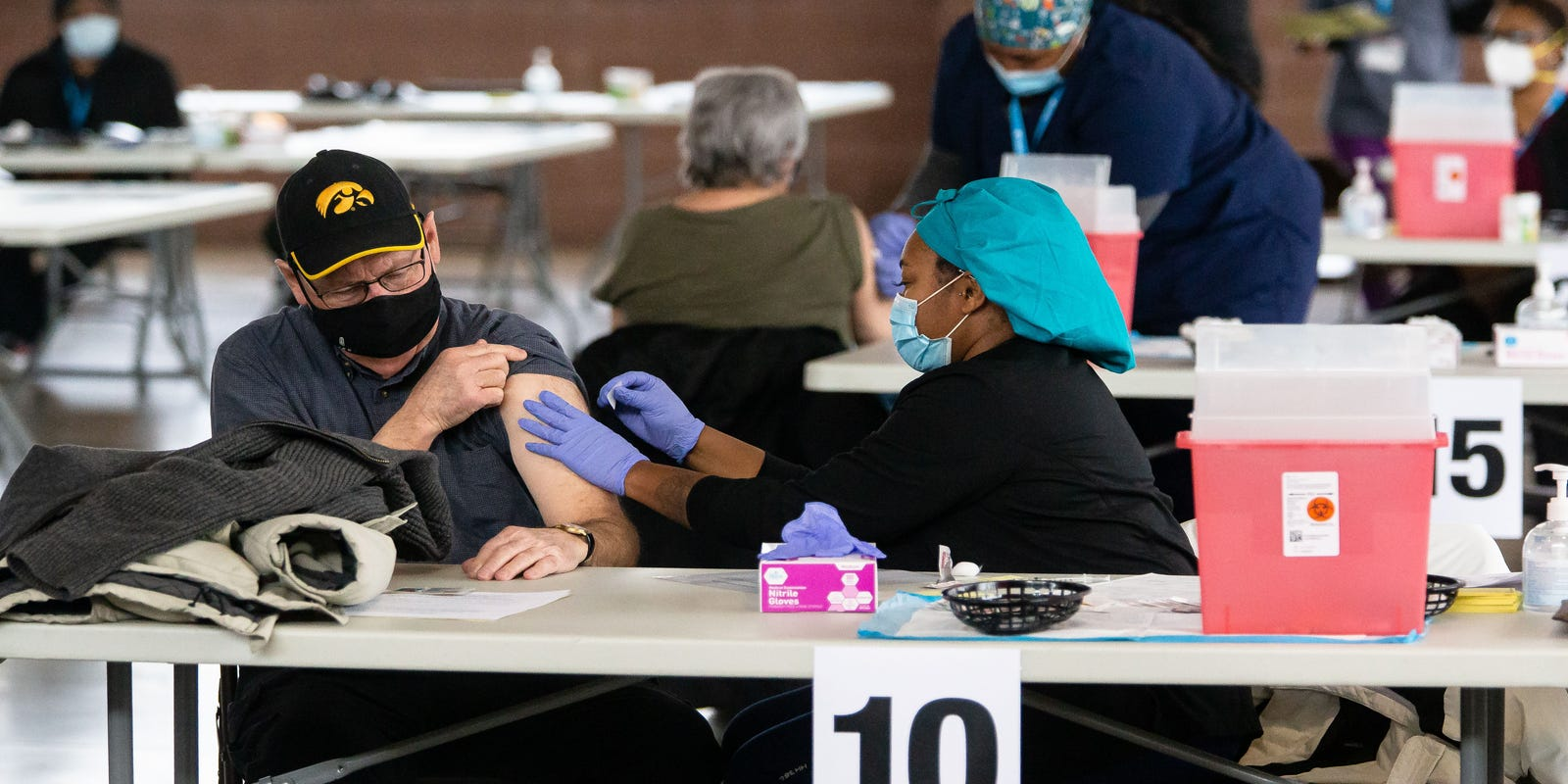 Illinois State Fairgrounds vaccination site could be closed by county