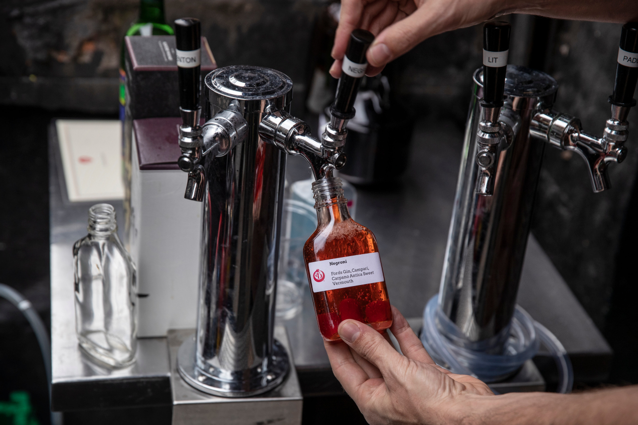New bill extends cocktails-to-go, allows businesses to offer free drink for vaccinated