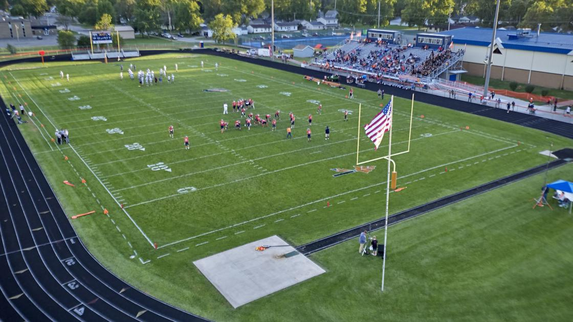 A tour of the football fields of Central Illinois | Sports