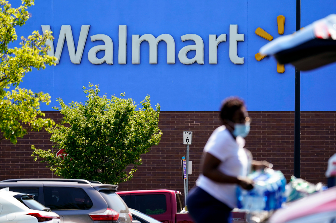 Wal-Mart Launches Delivery Service for Other Businesses   WGN Radio 720