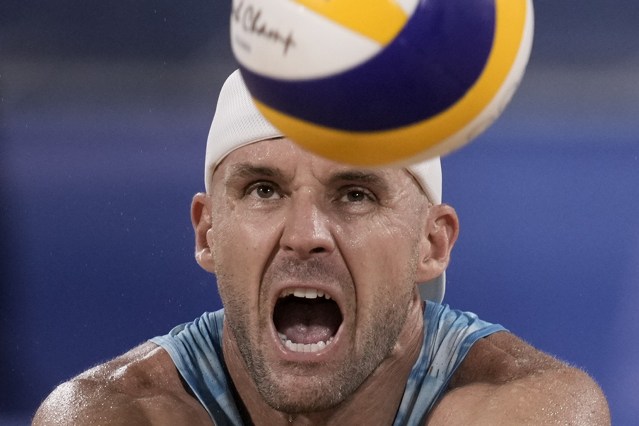 Beach volleyball to send off 4-time Olympian Gibb in Chicago